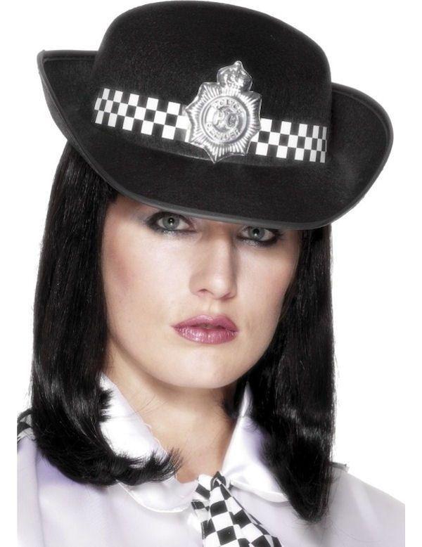 Engelse Politieagente Pet