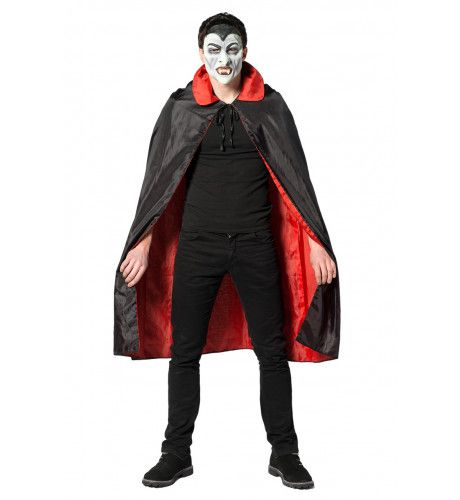 Dracula Cape Met Bloedrode Voering