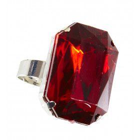 Kardinaal Ring Met Rode Steen